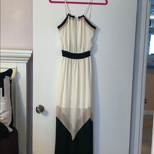 Summer dress with adjustable straps